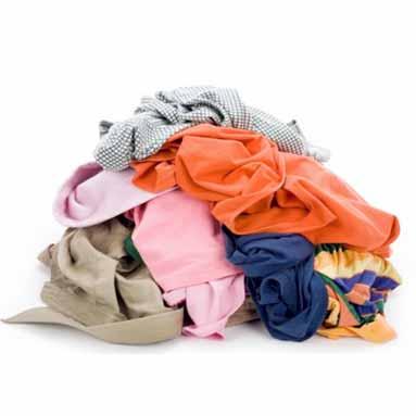 Opération recyclage de vêtements chez Monoprix