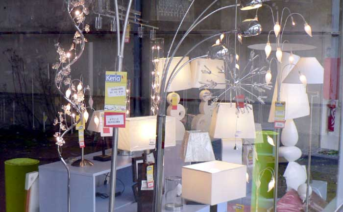 La vitrine du magasin Keria Luminaires